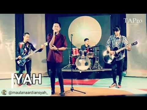 LaoNeis Band - AYAH @MatrixTv