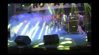 Repeat youtube video chopper blades performing live at Bodo Rock Clash II.