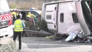 Confirmados 14 muertos en un accidente de autocar de jóvenes de Erasmus en la AP-7 en Freginals