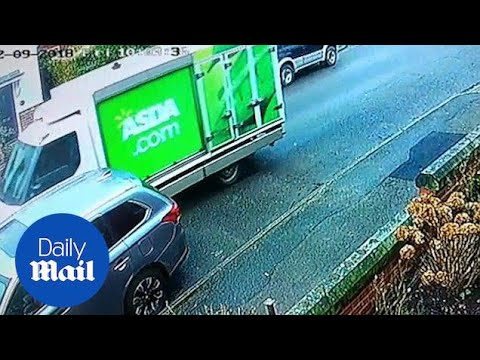 Asda delivery driver ploughs into mum's car and drives off - Daily Mail