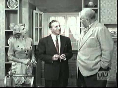 The George Burns and Gracie Allen Show:  George's Portrait (2/3)