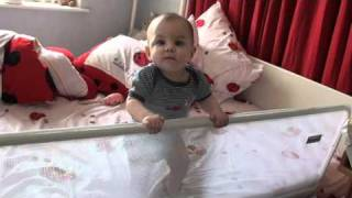 видео Детский ограничитель для кровати своими руками