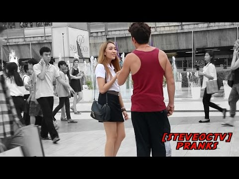 CAN I KISS YOU PRANK (IN THAI) | มุข ขอจูบได้ไหม | BANGKOK THAILAND
