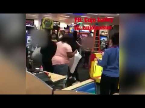 Wild fight breaks out at Indianapolis Chuck E. Cheese