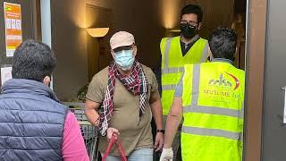 Switzerland Ahmadi Muslims serving the homeless during Covid-19