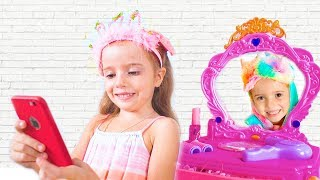Kids Dress Up for birthday and shows all the Dresses Pretend Play
