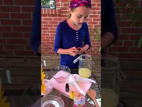 lavender-honey-lemonade-with-doterra-essential-oils