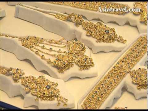 Gold Jewelry, Pakistan by Asiatravel.com