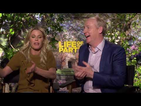 LIFE OF THE PARTY Cast Interviews - Julie Bowen and Matt Walsh