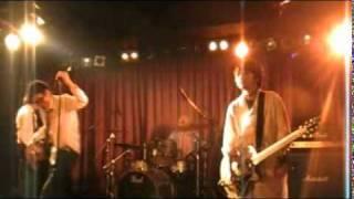 教員により結成されたパンクバンド『山田ジャクソンバンド』のライブ授...