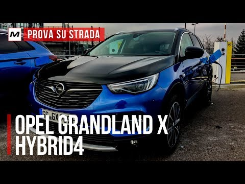 Opel Grandland X Hybrid4 | Prova su Strada in Anteprima