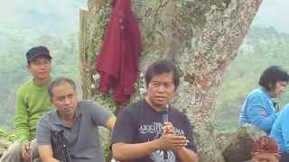 Kang Dicky di Gunung Padang