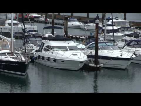Sealine F42/5 used boat | Motor Boat & Yachting