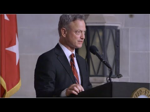 Gary Sinise: Always Do a Little More