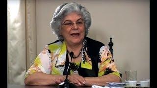 A médium Isabel Salomão de Campos orienta sobre o desencarne