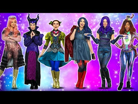ALL DESCENDANTS COSTUMES Including New Descendants 3 Halloween Costumes for 2019 Totally TV