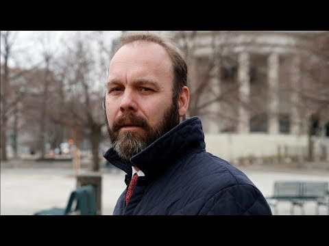 Former Trump Campaign Official Rick Gates Pleads Guilty In Russia Probe | Los Angeles Times