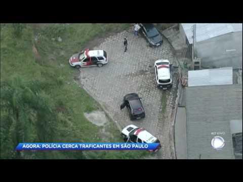Cidade Alerta acompanha cerco da polícia a traficantes em SP
