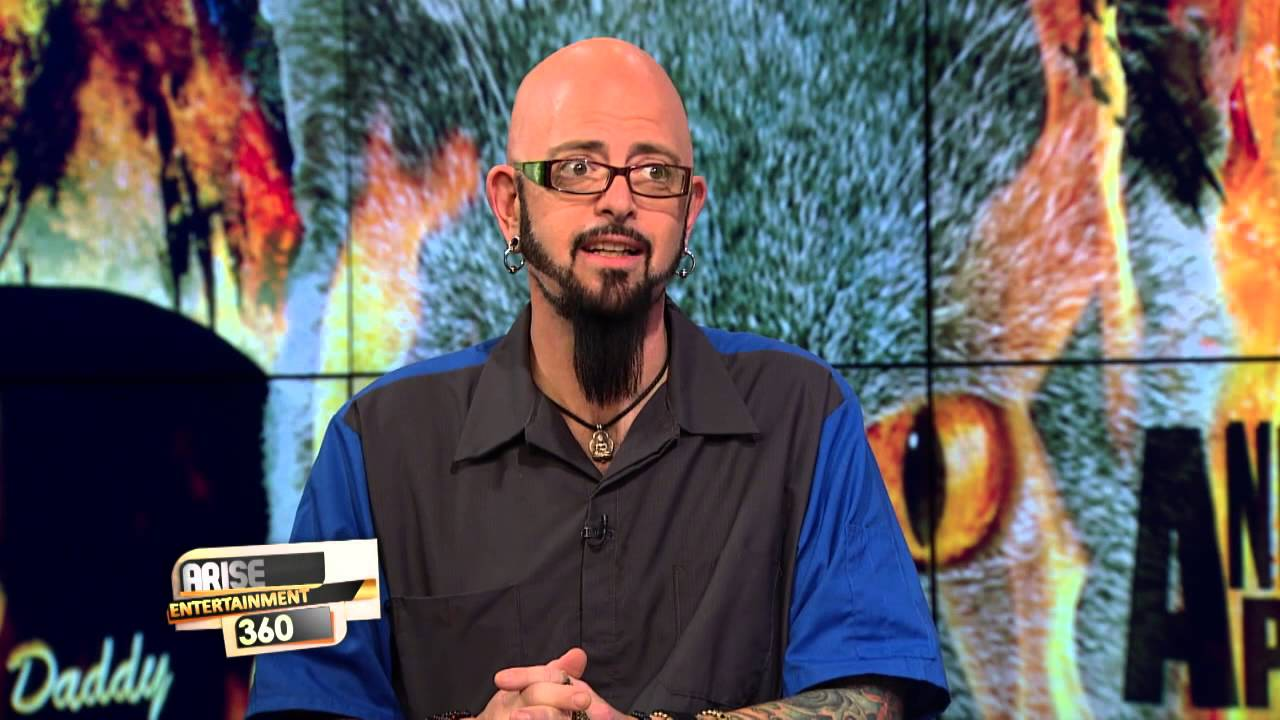 Jackson galaxy promoting the new season of his hit show for Jackson galaxy music