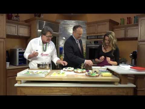 Missouri Baking Co. demonstrates decorating Mardi Gras king cakes