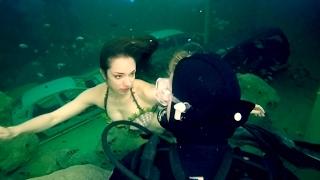 Real Mermaid Encounter Caught On Tape
