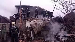 Запорізькі рятувальники ліквідували пожежу в житловому будинку