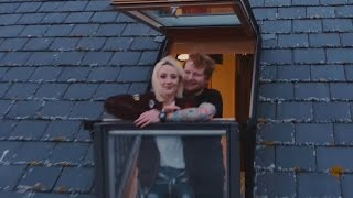 "Ed Sheeran Gets a Tattoo & Punched in the Face in ""Galway Girl"" Music Video with Saoirse Ronan"