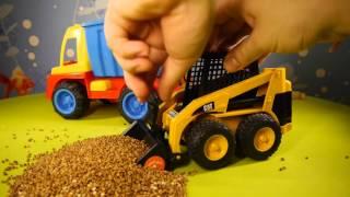 Видео обзоры Bruder Погрузчик CAT с ковшом