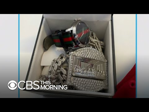 CBS News reporter finds, turns in $40,000 of lost jewelry at Dallas airport