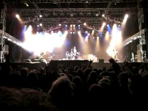 Sweden Rock Festival 2010 W.A.S.P. - I wanna be somebody - Live!
