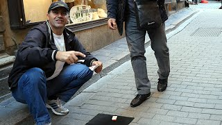 Street gamble scam in Stockholm