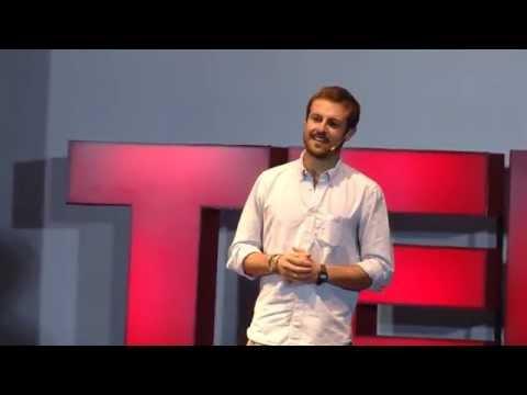 La evolución inesperada de una aventura llamada - mi vida: Sebastian Castro at TEDxUWCCR