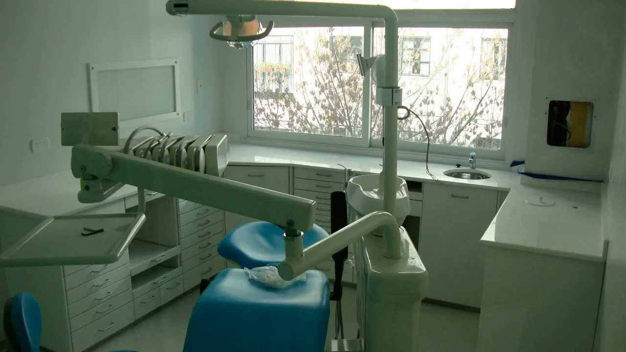 Odontolog a muebles dentistry furniture youtube - Clinicas dentales diseno ...
