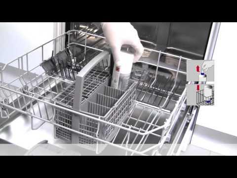 Hur använder jag rengöringsmedlet för diskmaskinen?