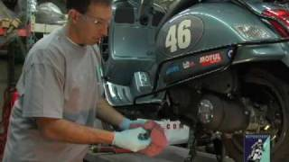 Vespa Oil Change GT/GTS, ET, LX PART 1 of 2