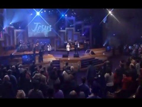 WHC Worship - When you walk into the room (Bryan & Katie Torwalt)