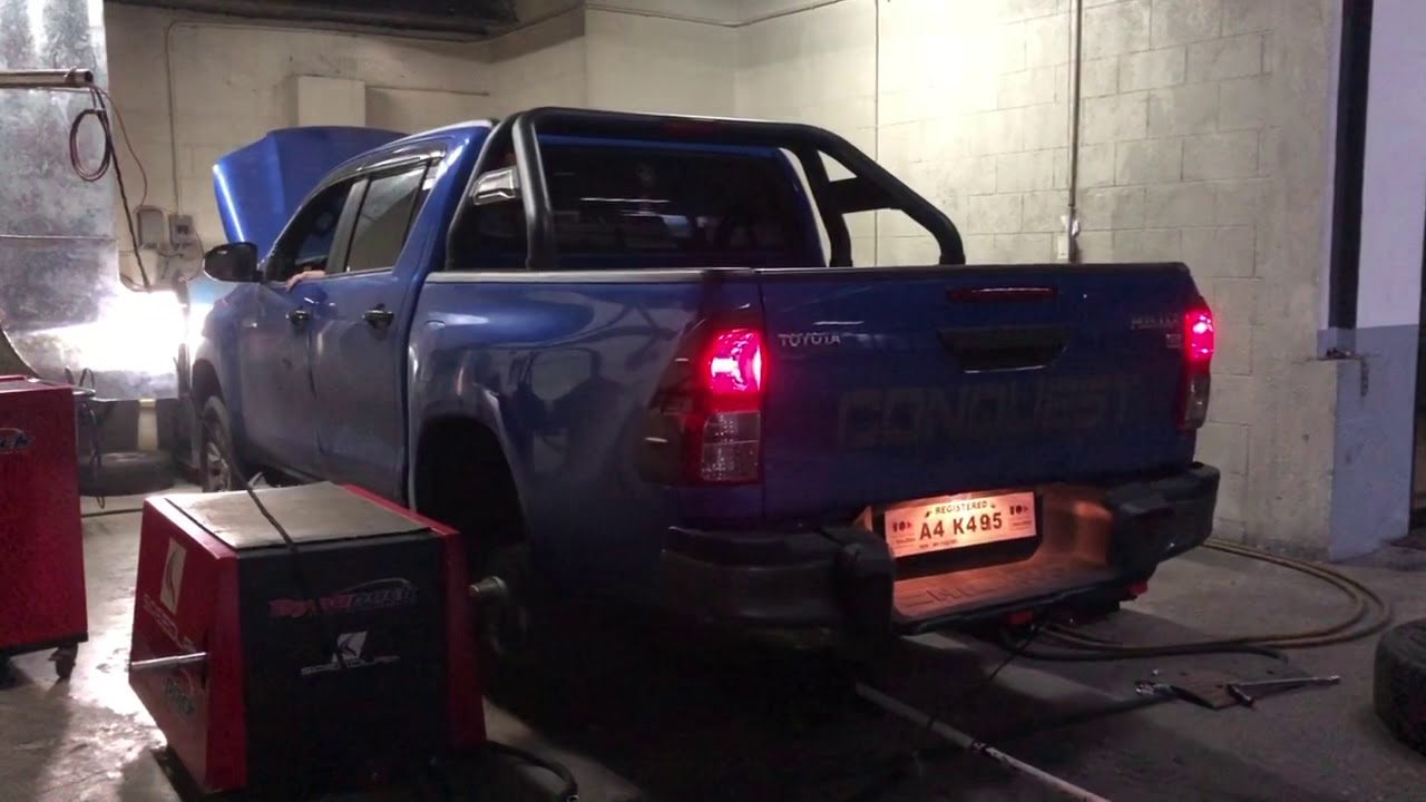 2 8L Hilux tuned with Unichip and D4D injector driver 246whp - YouTube