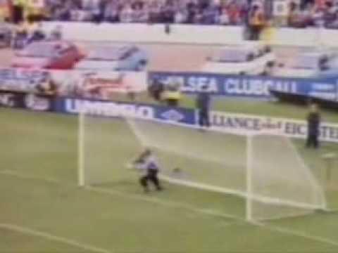 Ooh! Aah! Cantona!