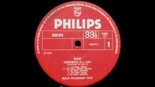 Mozart: Divertimento in F major K. 247 (Berlin Philharmonic Octet - 1969 vinyl LP)