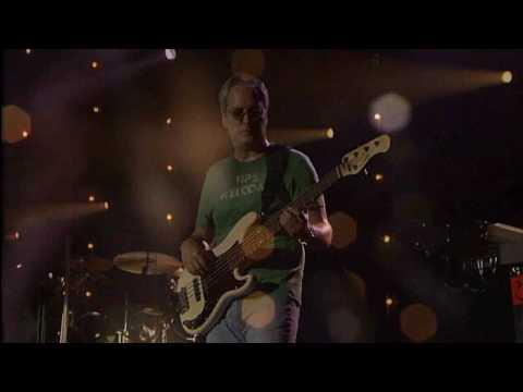 Bon Jovi - Someday I'll Be Saturday Night (acoustic / Amsterdam 2005)