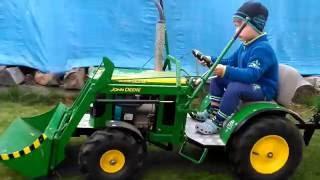 John Deere tractor for children 3