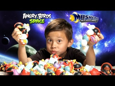 The Ultimate ANGRY BIRDS SPACE MASH'EMS Adventure!!!  EPIC Special Effects!  Super Cool Toy!