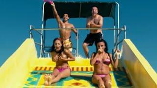 Çılgın Dersane - Kaydırakta Bikininin Üstünü Kaptırınca