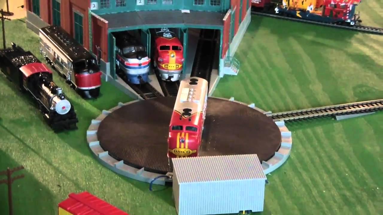 HO Scale Model Train Set up