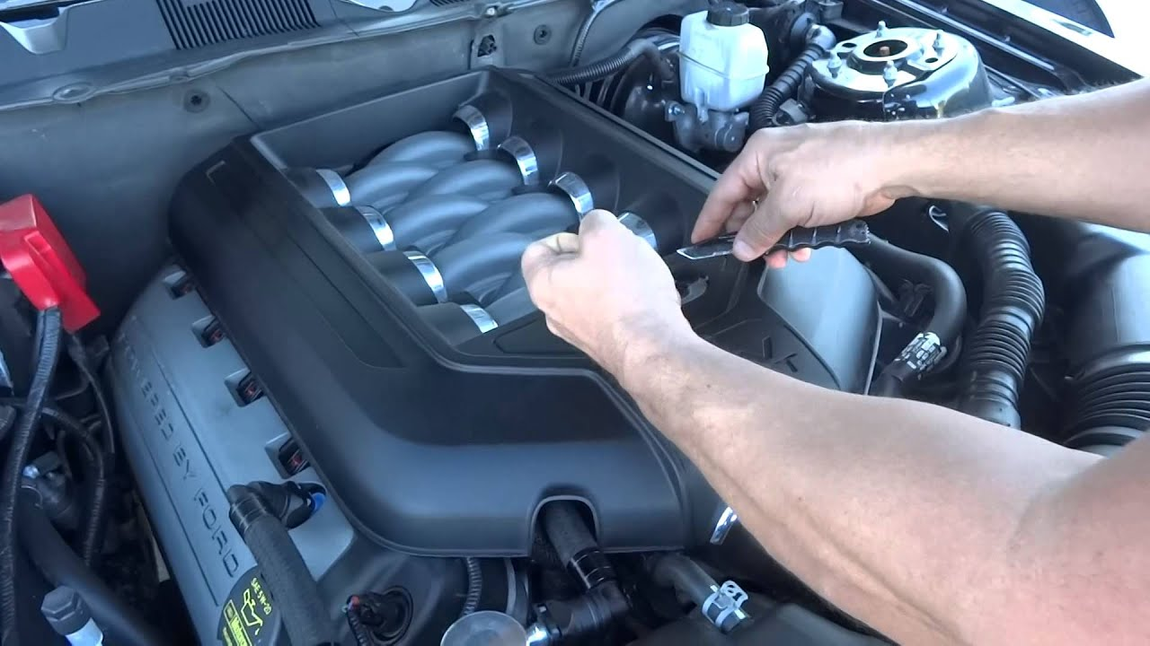 mustang intake 5.0 emblem for 2011-2014 mustang coyote - youtube