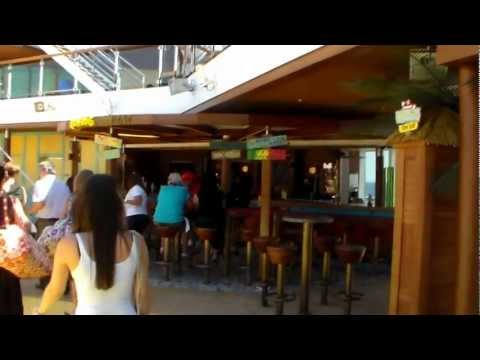 Carnival BREEZE REVIEW Ocean Plaza,Casino,The Promenade,The Fun Shops