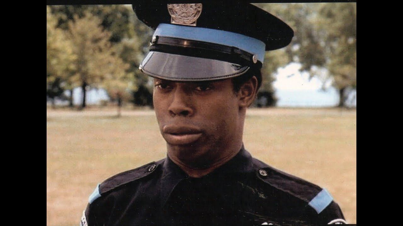 """Download Michael Winslow in """"Police Academy"""""""