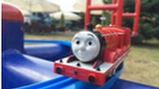 【trem de brinquedo】Thomas e Seus Amigos James @ Novotel Gdansk Centrum Court Yard, Poland 00281 pt