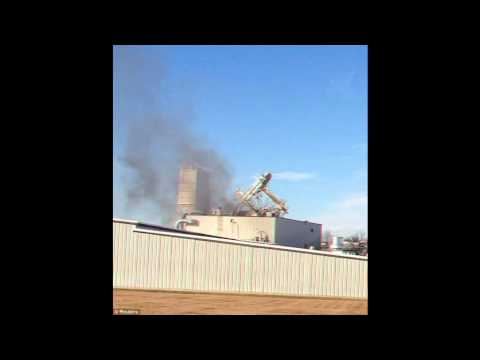 Explosion at Nebraska animal feed factory kills two
