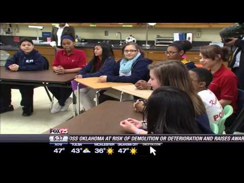 Jeb Bush Meets with Oklahoma Students at KIPP Reach College Preparatory